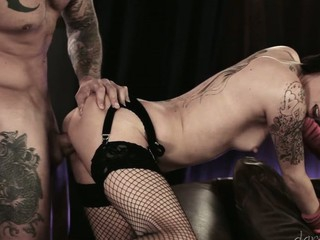 Tattooed playgirl eat inked jock and takes it deep in slit.
